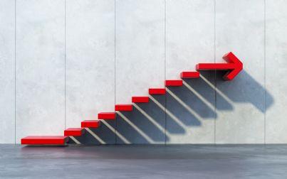 scale che salgono in segno di successo