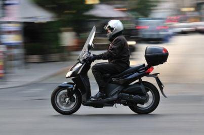 scooter infortunio itinere ciclomotore motorino