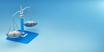 Sentenza bilancia avvocato cassazione