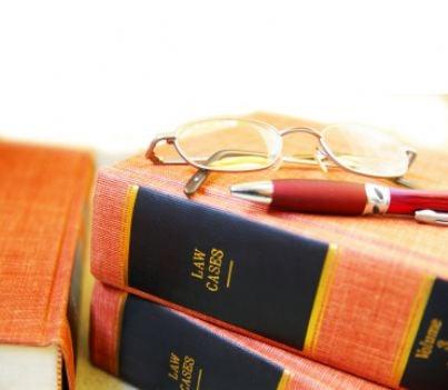 sentenza occhiali libri scrivere avvocato legge
