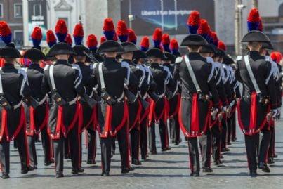 sfilata del corpo dei carabinieri