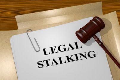 fascicolo reato di stalking