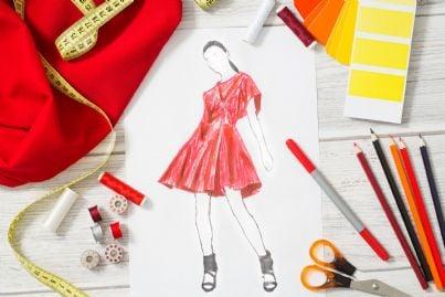 disegni di moda di uno stilista