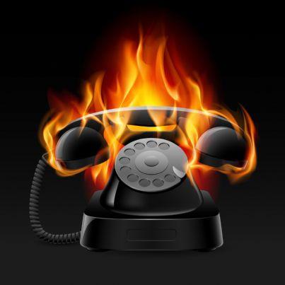 telefono che va a fuoco mentre squilla