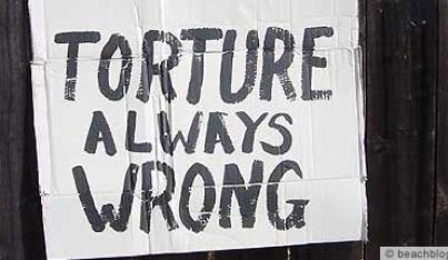 torture always wrong sign 370x215 id14436