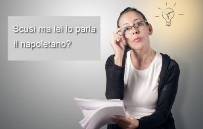 donna che chiede se si parla napoletano