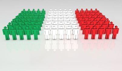 gruppo di persone simbolo tricolore Italia
