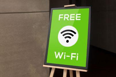 cartello che indica wifi gratis