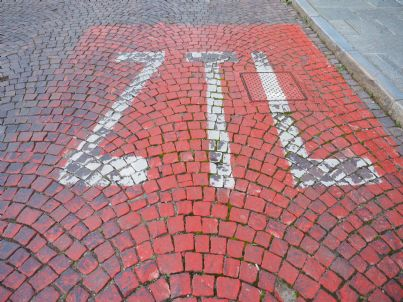 scritta ztl su strada